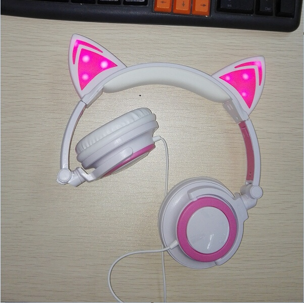 LX-107L Fancy novelty cute glowing LED cat ear headphones OEM ODM